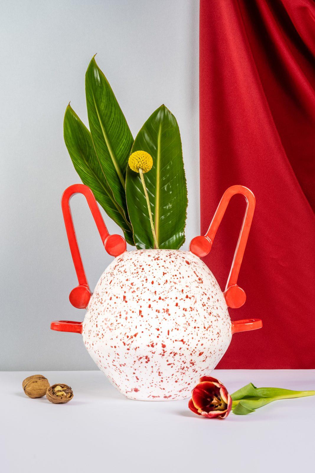 Nestoris, Segnacoli. Vasi di Design Stella Orlandino